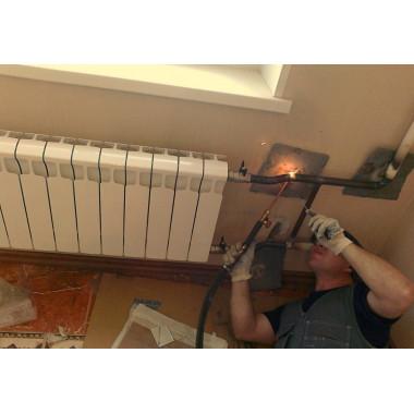 Монтаж радиатора на сварке